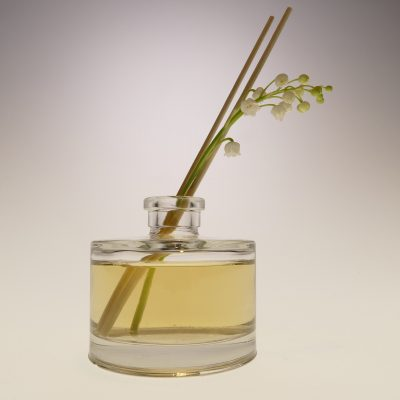 Mika fragrance diffuser glass Home